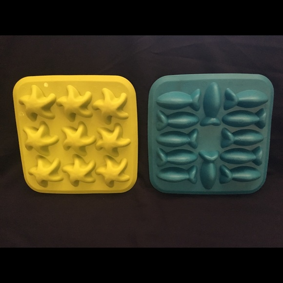 IKEA Other - Two IKEA Candy Butter Water Molds Starfish Fish